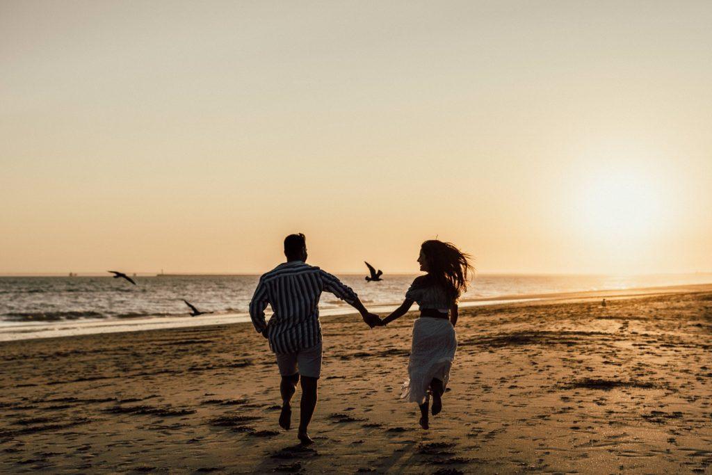 Fotos de pareja en la playa 22