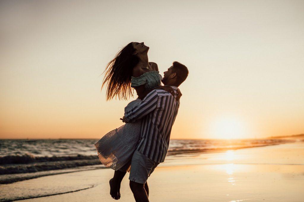 Fotos de pareja en la playa 33