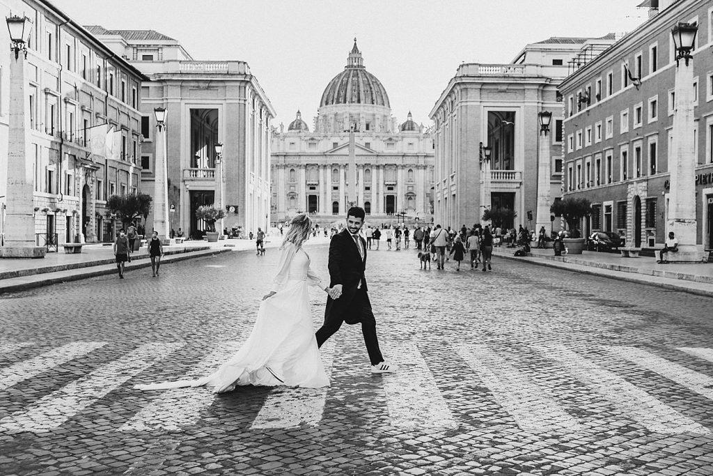 Postboda en Roma 14