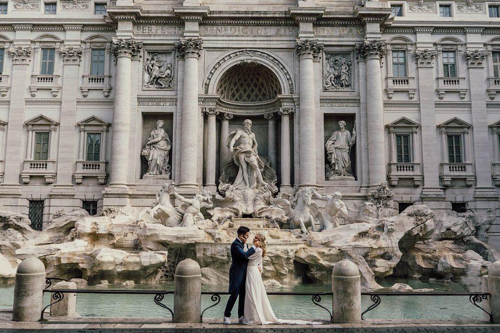 Postboda en Roma Fontana di Trevi