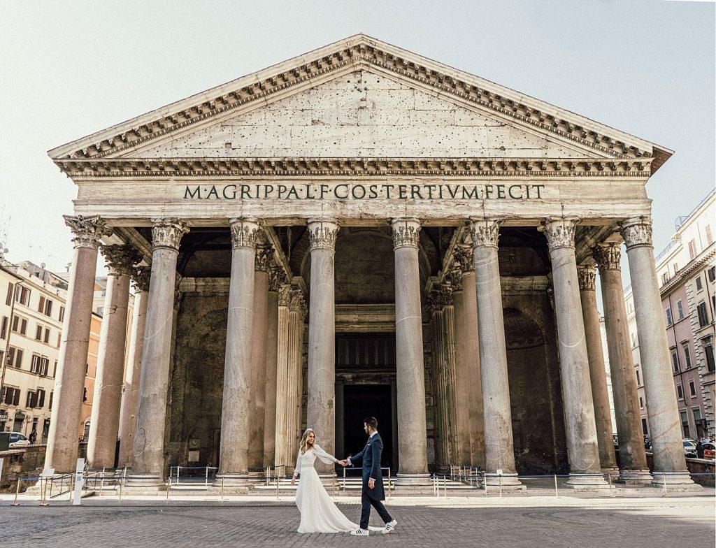 Postboda en Roma Panteon de Agripa