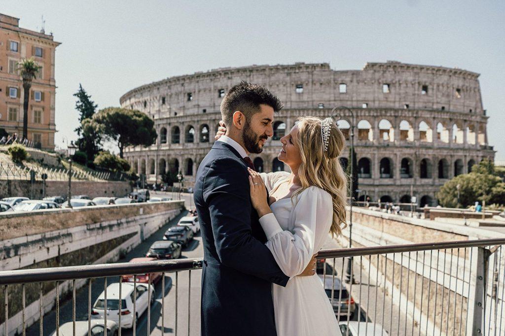 Postboda en Roma 57